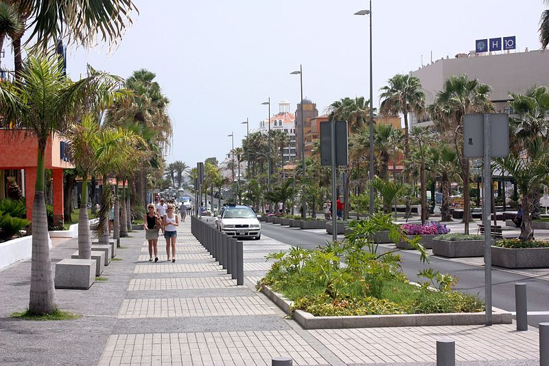 Shopping street in Playa de las Américas